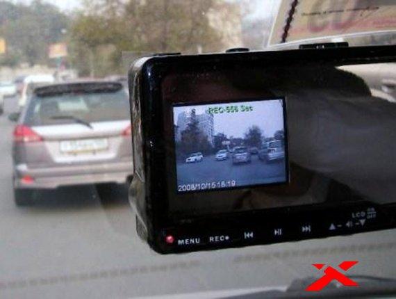 Какой купить видеорегистратор на авто