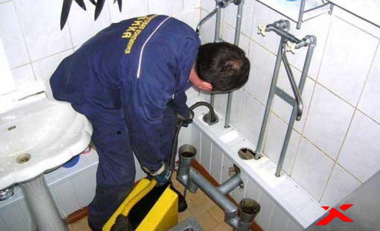 Как удалить засоры в канализации?