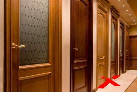 Замена межкомнатных дверей в квартире: выбор модели, особенности установки